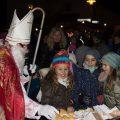Wer ein Sprüchlein aufsagen kann oder dem Nikolaus ein Liedchen singen, der konnte sich über einen Weckenmann vom Nikolaus freuen.